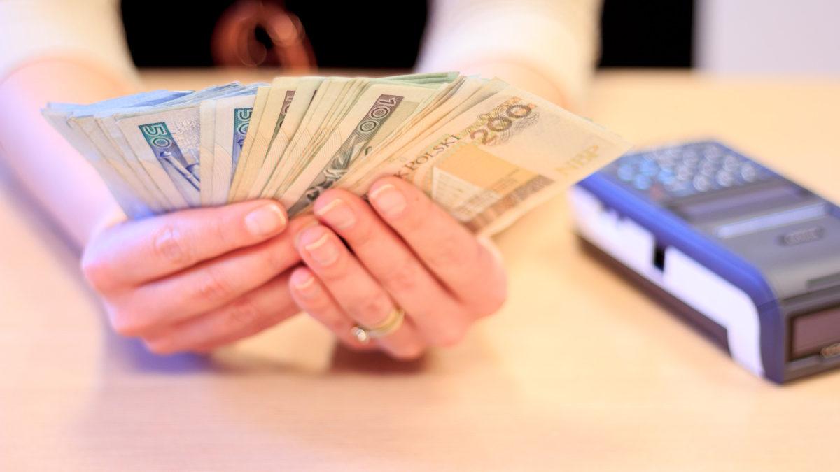 Ulga za kasę fiskalną – komu, ile i na jakich zasadach przysługuje?